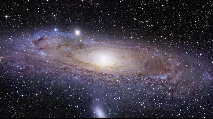 National Aeronautics and Space Administration (NASA) berhasil menangkap foto alam semesta dengan kualitas terbaik dan terjenih yang pernah ada. Fotonya mencapai 1,5 miliar pixel!  Gambar 1,5 miliar pixel yang luar biasa (69.536 x 22.230) ini adalah jepretan tetangga galaksi terdekat kita, Galaksi Andromeda (M31). Foto ini diambil dari Teleskop Hubble NASA yang memiliki kemampuan sangat mupuni. Meskipun M31 adalah tetangga terdekat Bumi, M31 terletak lebih dari 2 juta tahun cahaya dari planet kita.