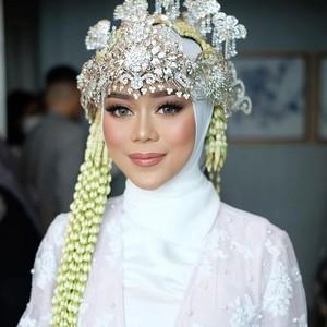 Lesti Kejora Manglingi di Hari Pernikahan dengan Makeup Hollywood Glam
