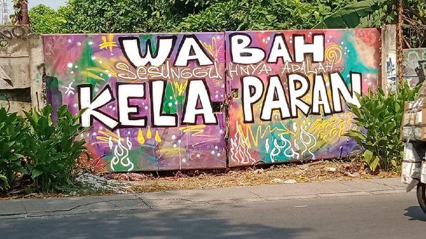Mural 'wabah sesungguhnya adalah kelaparan' di Ciledug (Dok istimewa)
