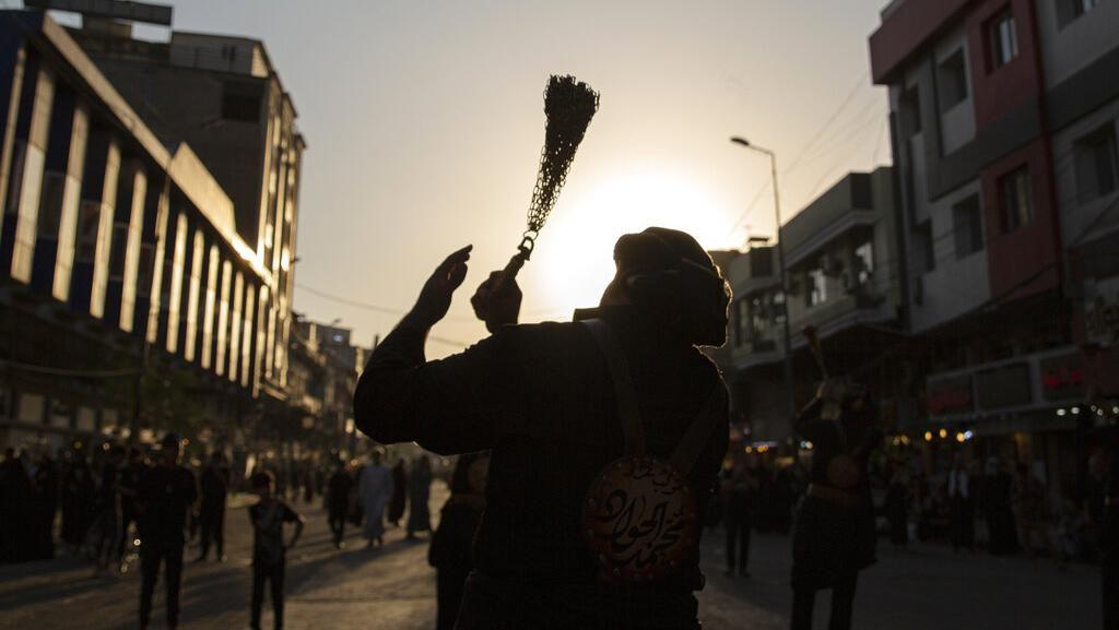 Peringati Hari Arbain, Ribuan Umat Syiah Padati Kota Karbala