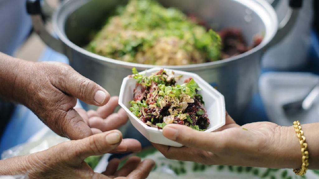 Rasulullah SAW Sebut Orang yang Sering Berbagi Makanan Dijamin Masuk Surga