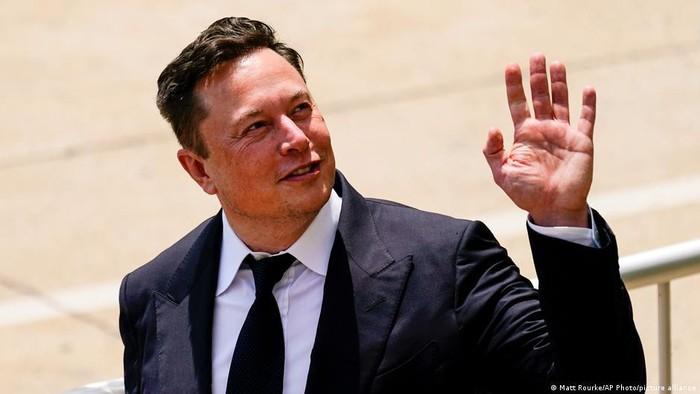 Elon Musk Berencana Buat Robot Humanoid untuk Mengerjakan Tugas
