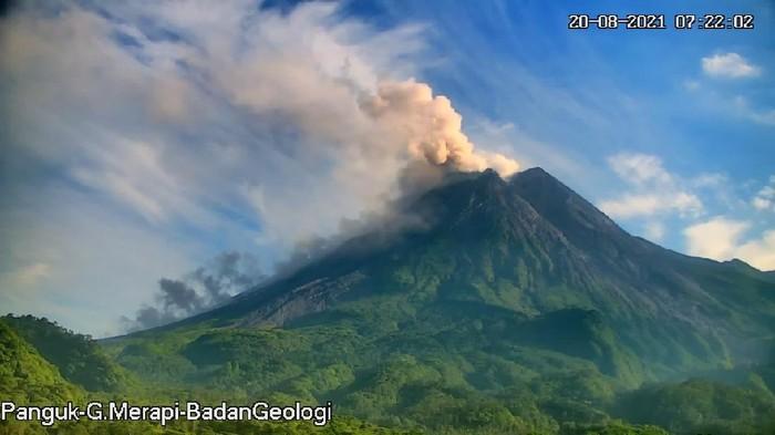 Erupsi Gunung Merapi 07.20 WIB, 20/8/2021