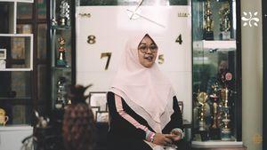 Inspiratif! Ibu Rumah Tangga Ini Sukses Bisnis Sari Buah Nanas