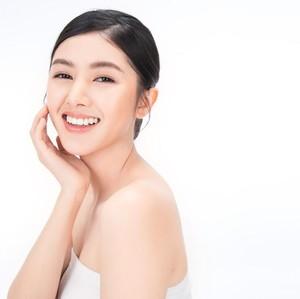 8 Cara Mudah Dapatkan Kulit Glass Skin ala Cewek Korea