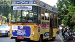 Bus Uncal Siap Antar Jemput Warga Vaksinasi