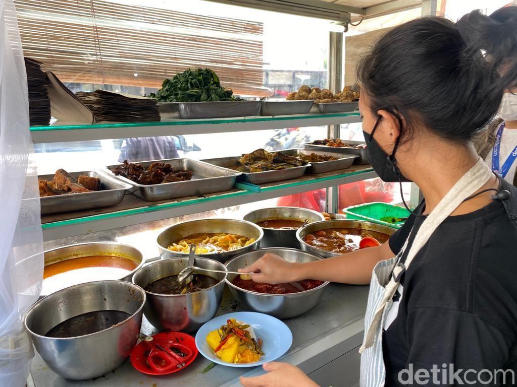 Nasi Anai Galung: Komplet! Nasi Rames Pedas khas Pematang Siantar yang Halal di Jakarta