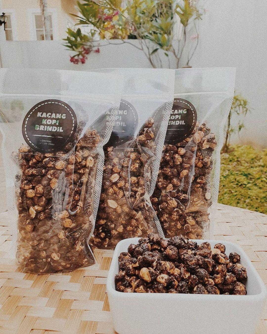 Nikmatnya Kacang Kopi Brindil, Camilan Nostalgia Terinspirasi Kacang Gula