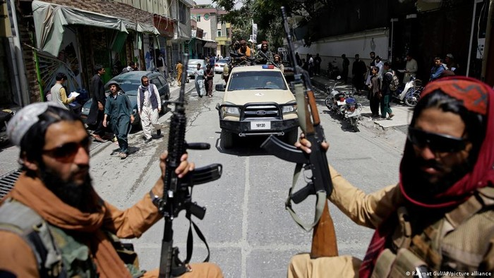 Apakah Moskow Akan Bersalaman dengan Taliban di Kabul?