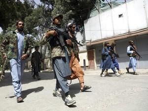 Viral Gaya Hypebeast Pasukan Taliban, Pakai Outfit Hampir Rp 100 Juta