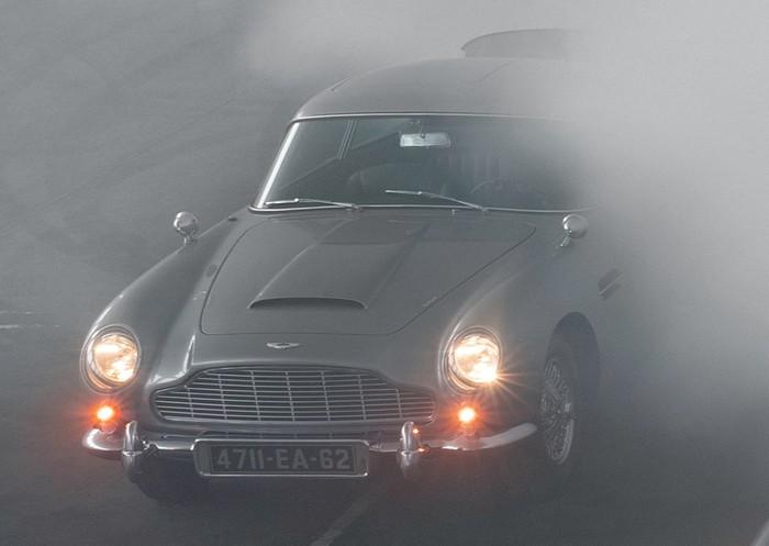Mobil James Bond yang hilang telah ditemukan.