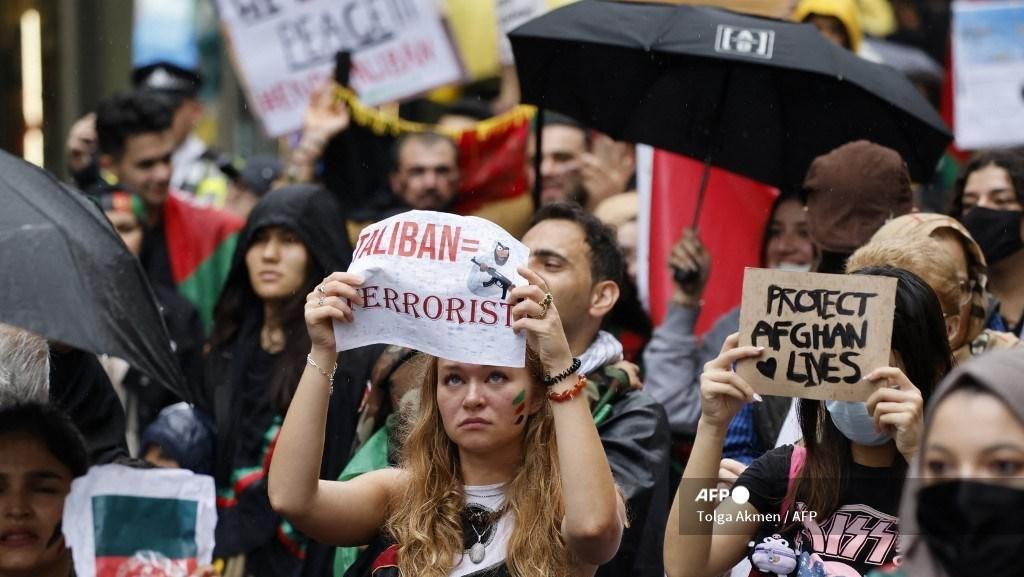 Ribuan Orang di London Unjuk Rasa Kecam Taliban