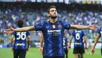 Calhanoglu Bakal Rayakan Gol Andai Bisa Bobol Gawang AC Milan