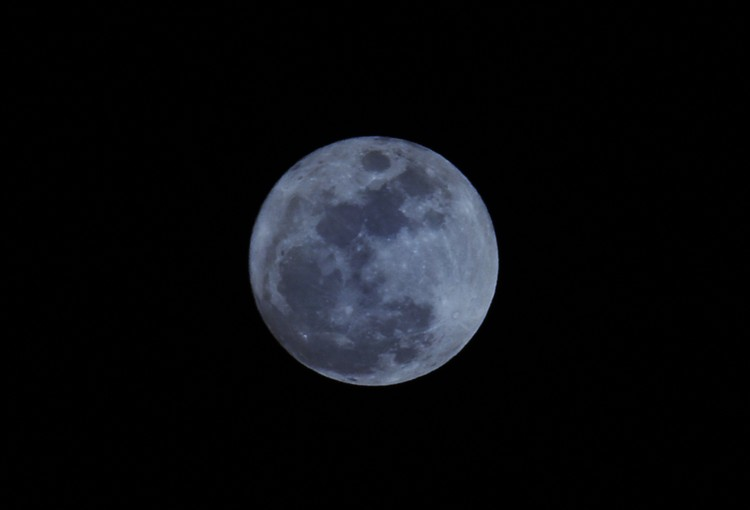 Fenomena bulan biru