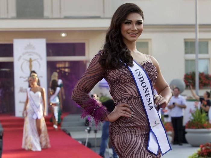 Jihane Almira Mengikuti Kompetisi Miss Supranational