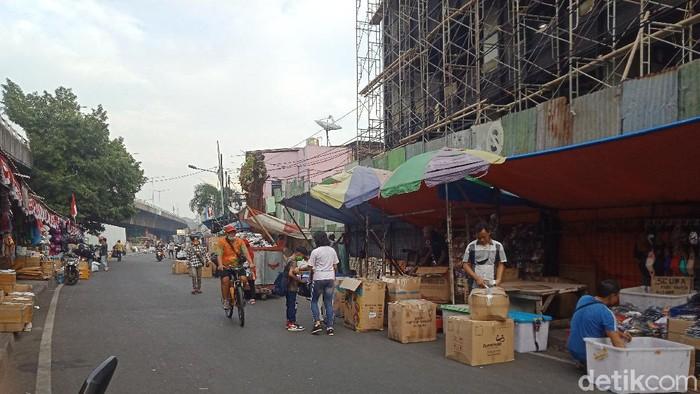 Pedagang Pasar Pagi Jakbar.