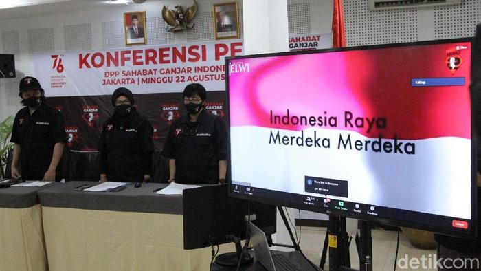 Sahabat Ganjar yang tersebar di 34 provinsi mendeklarasikan dukungannya kepada Ganjar Pranowo untuk RI-1 2024. Salah satunya dilakukan di Jakarta.
