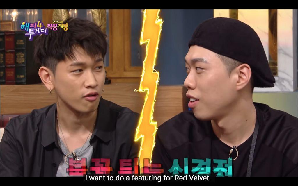 Crush Fans Berat Red Velvet