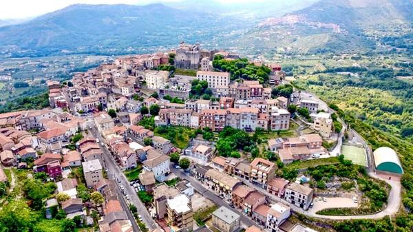 Maenza adalah sebuah kabupaten di Italia, dekat dengan Kota Roma.(Maenza/Visit Lazio/CNN)