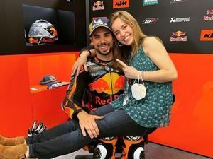 Kisah Cinta Pembalap MotoGP dengan Adik Tiri, Sempat Dirahasiakan 11 Tahun