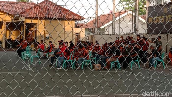 Polisi amankan puluhan oknum anggota Pemuda Pancasila di Kebumen, Senin (23/8/2021).