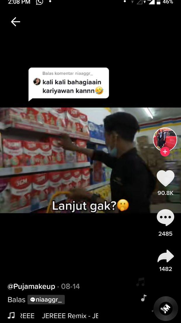 Baik Banget! Owner WO Ini Traktir Karyawan Belanja di Minimarket