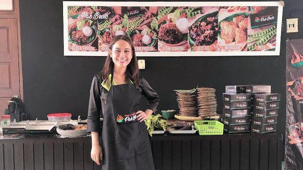 Hana Qosim kembangkan bisnis kuliner saat rehat dari dunia presenter.
