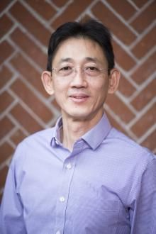 Prof. Taifo Mahmud, ilmuwan Indonesia di Amerika Serikat.