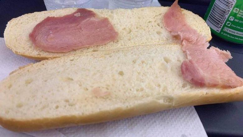 sandwich di pesawat