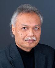 Teruna Siahaan, guru besar dan ilmuwan Indonesia di Amerika Serikat.