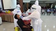Temukan Lagi Sekolah di Solo Nekat PTM, Gibran Langsung Gelar Tes Swab