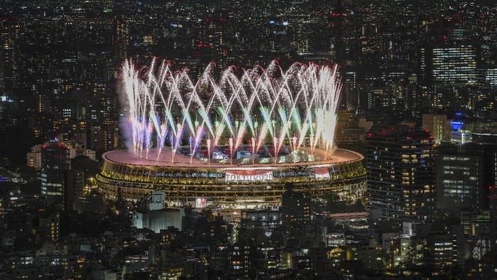 Fireworks explode during the opening ceremony for the 2020 Paralympics at the National Stadium in Tokyo, Tuesday, Aug. 24, 2021. (AP Photo/Emilio Morenatti)