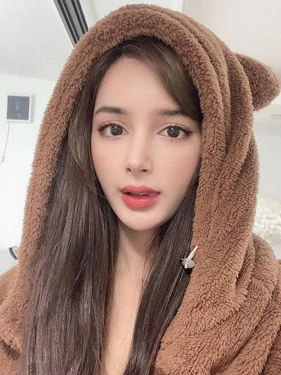 Vida, wanita asal Afghanistan yang jadi model Korea