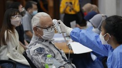 Sentra vaksin Kamar Dagang dan Industri Indonesia (Kadin) DKI Jakarta kembali menyelenggarakan kegiatan vaksinasi. Kali ini untuk para warga negara asing.