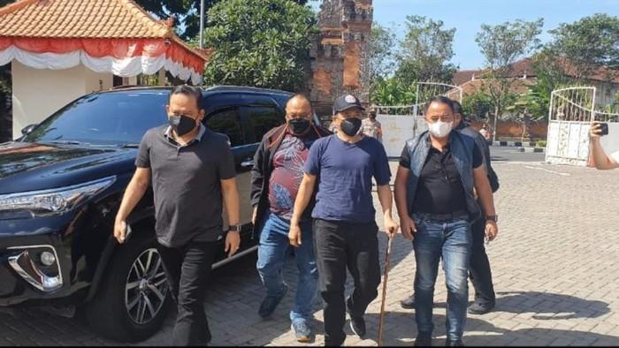 Penampakan Youtuber Muhammad Kece saat ditangkap tim Bareskrim Polri