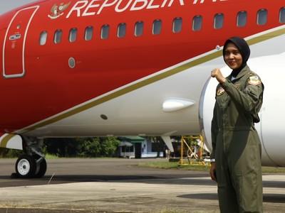 Kenalan dengan Pilot Jet Tempur Wanita Pertama Indonesia