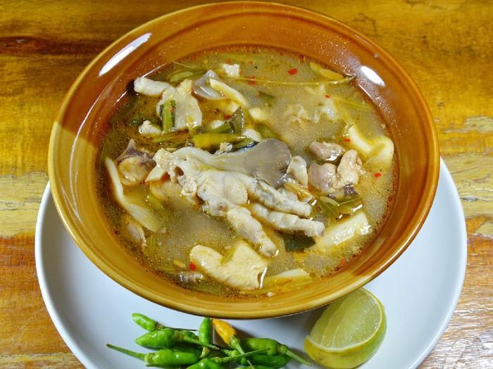 Resep Sup Ceker Ayam Daun Asam Jawa
