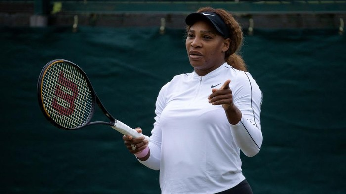 LONDON, ENGLAND - JUNE 28: Serena Williams of The United States looks on as she practices on the Aorangi Practice Courts during Day One of The Championships - Wimbledon 2021 at All England Lawn Tennis and Croquet Club on June 28, 2021 in London, England. (Photo by AELTC-Pool/Getty Images)