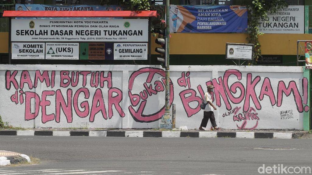 Sentilan Gejayan Memanggil soal Lomba Mural yang Digelar Polri