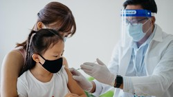 Dosis Vaksin COVID-19 untuk Anak-anak Kemungkinan Akan Lebih Kecil