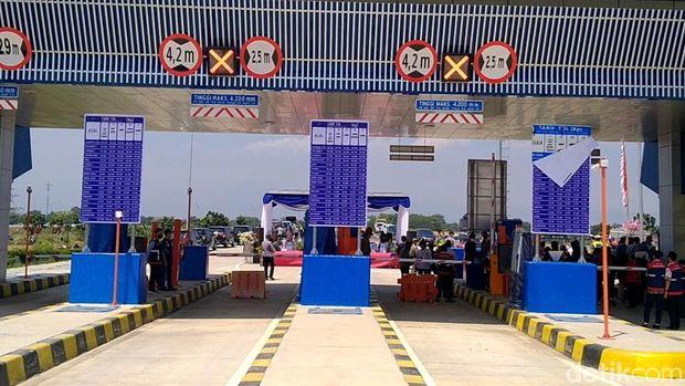 Gerbang Tol Pekalongan di Desa Bojong, Kabupaten Pekalongan resmi dibuka, Jumat (27/8/2021).