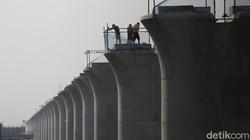 Heboh Kereta Cepat JKT-BDG Dicap Proyek Jebakan China