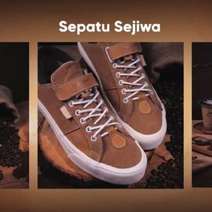 Pertama di Indonesia, Ini Sepatu Lokal yang Warnanya Terbuat Dari Ampas Kopi