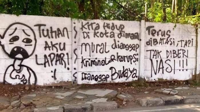Tulisan Tuhan Aku Lapar di tembok Jl Kartini, Depok (dok.istimewa). Foto dari akun Instagram @depok24jam