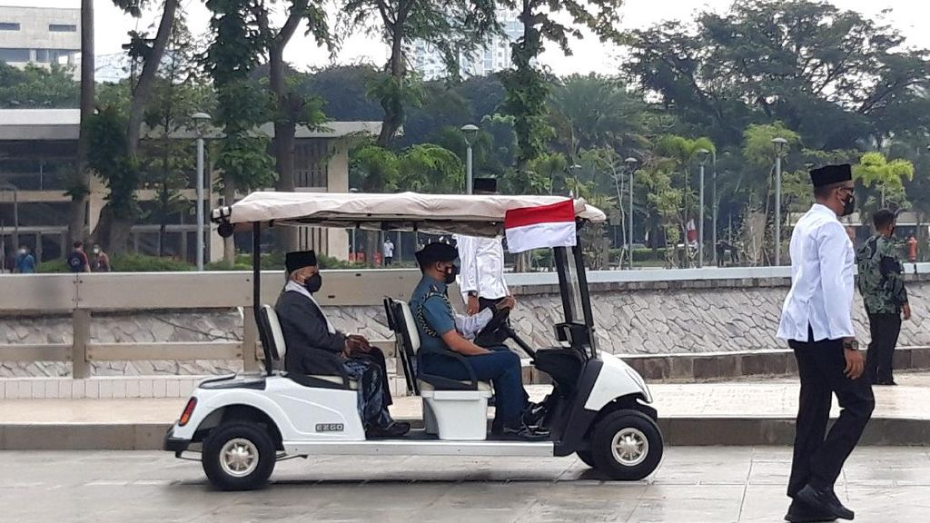 Maruf Amin Tinjau Terowongan Silaturahmi dan Prokes di Istiqlal-Katedral
