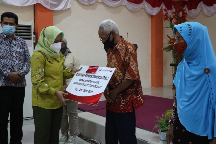 140 Warga Kota Mojokerto Dapat Bantuan Bedah Rumah Rp 20 Juta