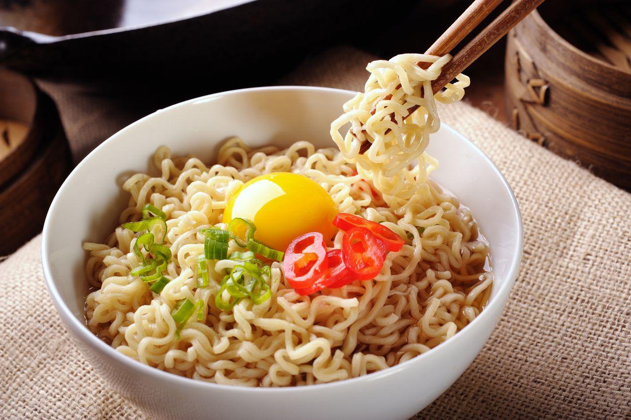Apakah Ibu Hamil Boleh Makan Mie Instan? Ini Aturan Makannya