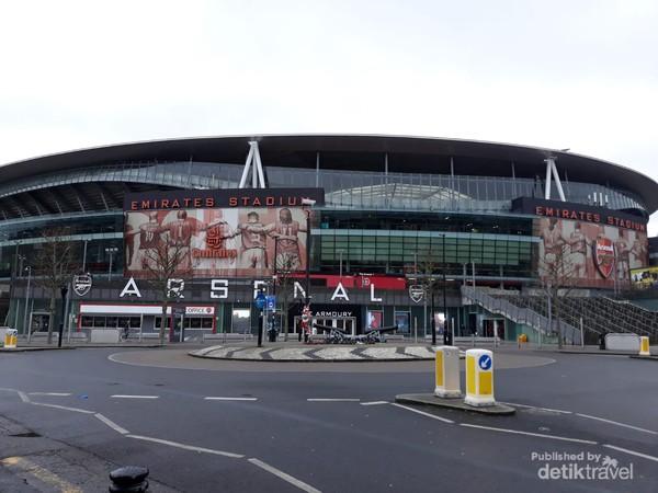 Emirates Stadium markas besar Arsenal terletak di wilayah London utara