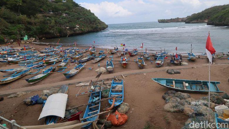 Pantai Selatan, GunungkidulYogyakarta