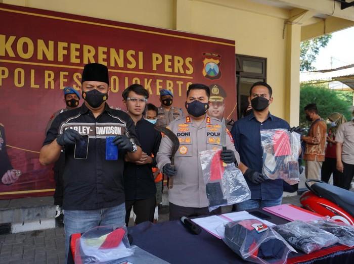 Pembunuhan Karyawan Warung Sate di Mojokerto Gegara Tersangka Kepergok Curi Ponsel